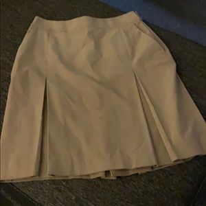 Brooks Brothers Tan Skirt ❤️